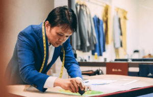EXPAT LIVING - A UNIQUE TAILORING EXPERIENCE